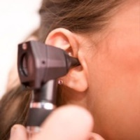 ear exam small